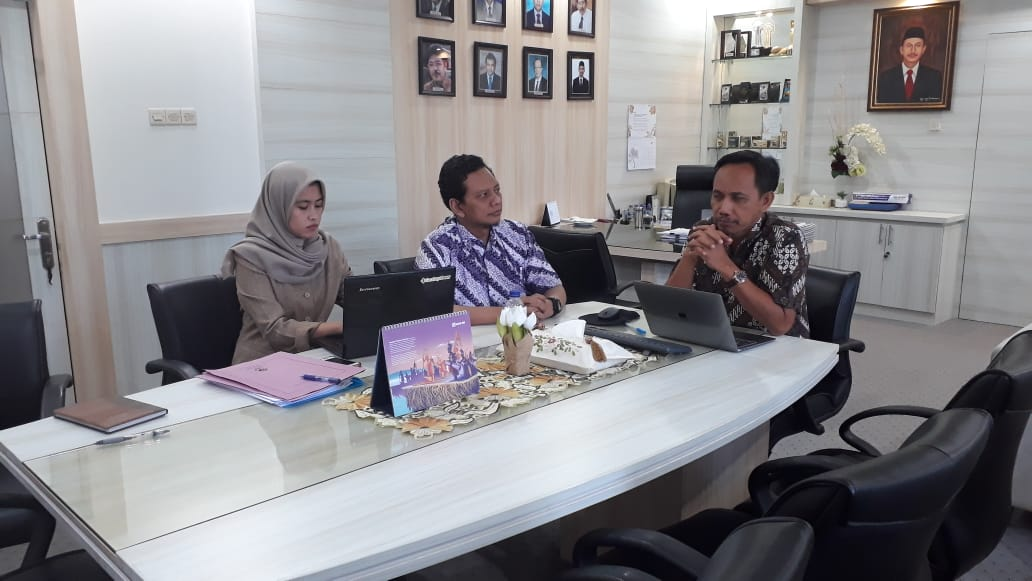 Audit Internal Tata Kelola Teknologi Informasi dengan COBIT 5
