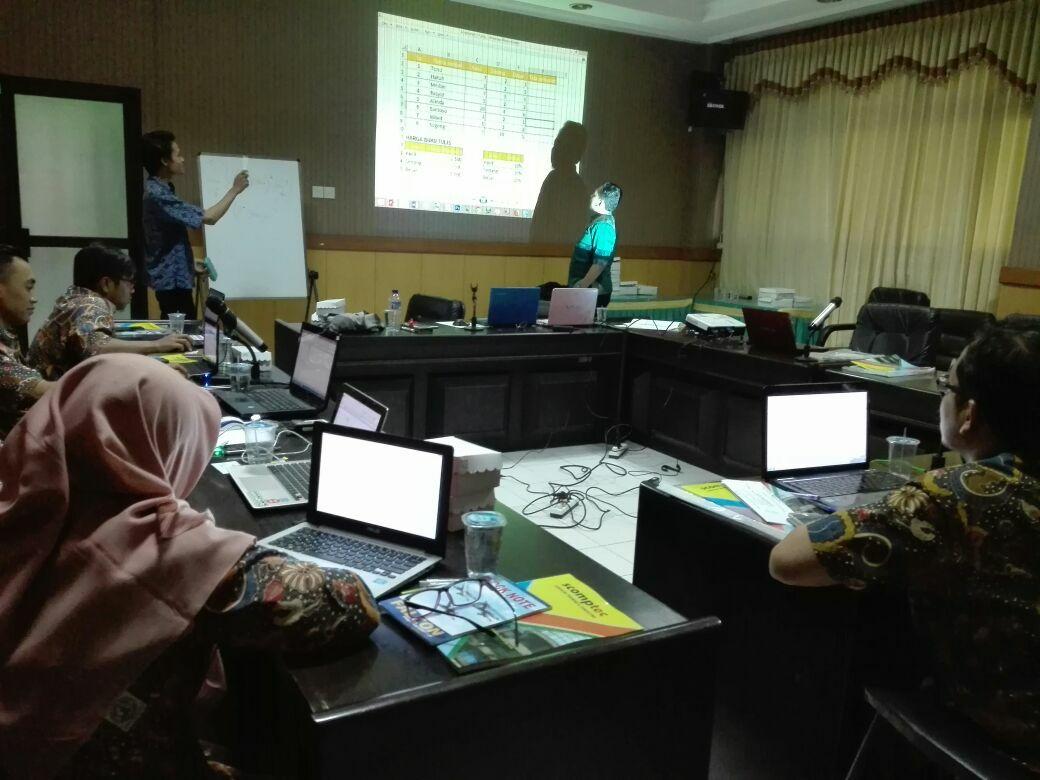 Pelatihan Macro Excel